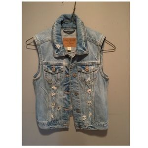 Hollister Jean Ripped Vest